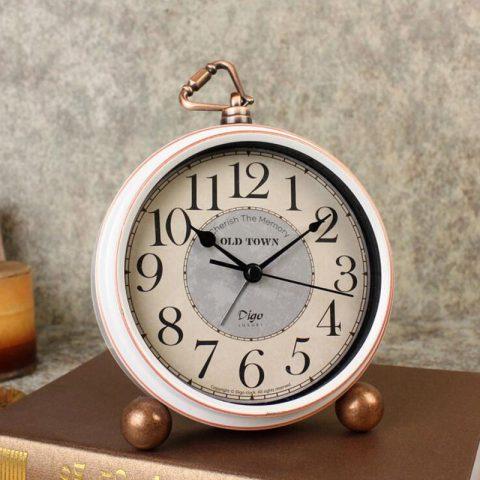 Reloj Despertador Blanco en Estilo Retro Vintage